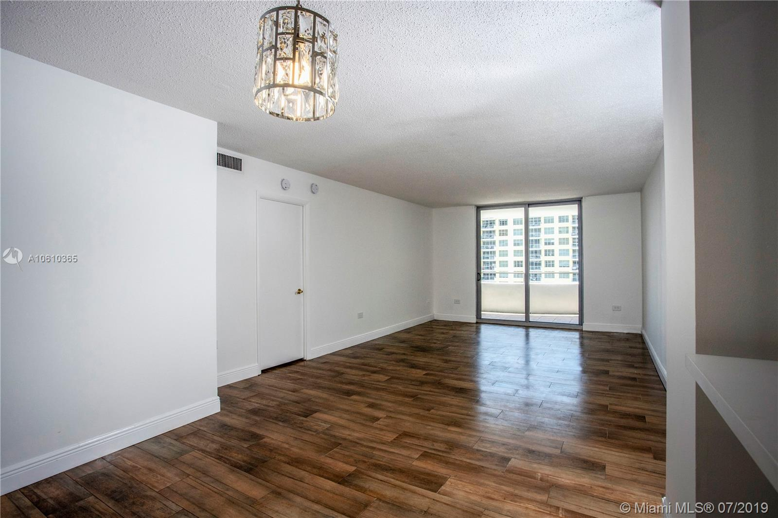 5555 Collins Ave #9Z photo014