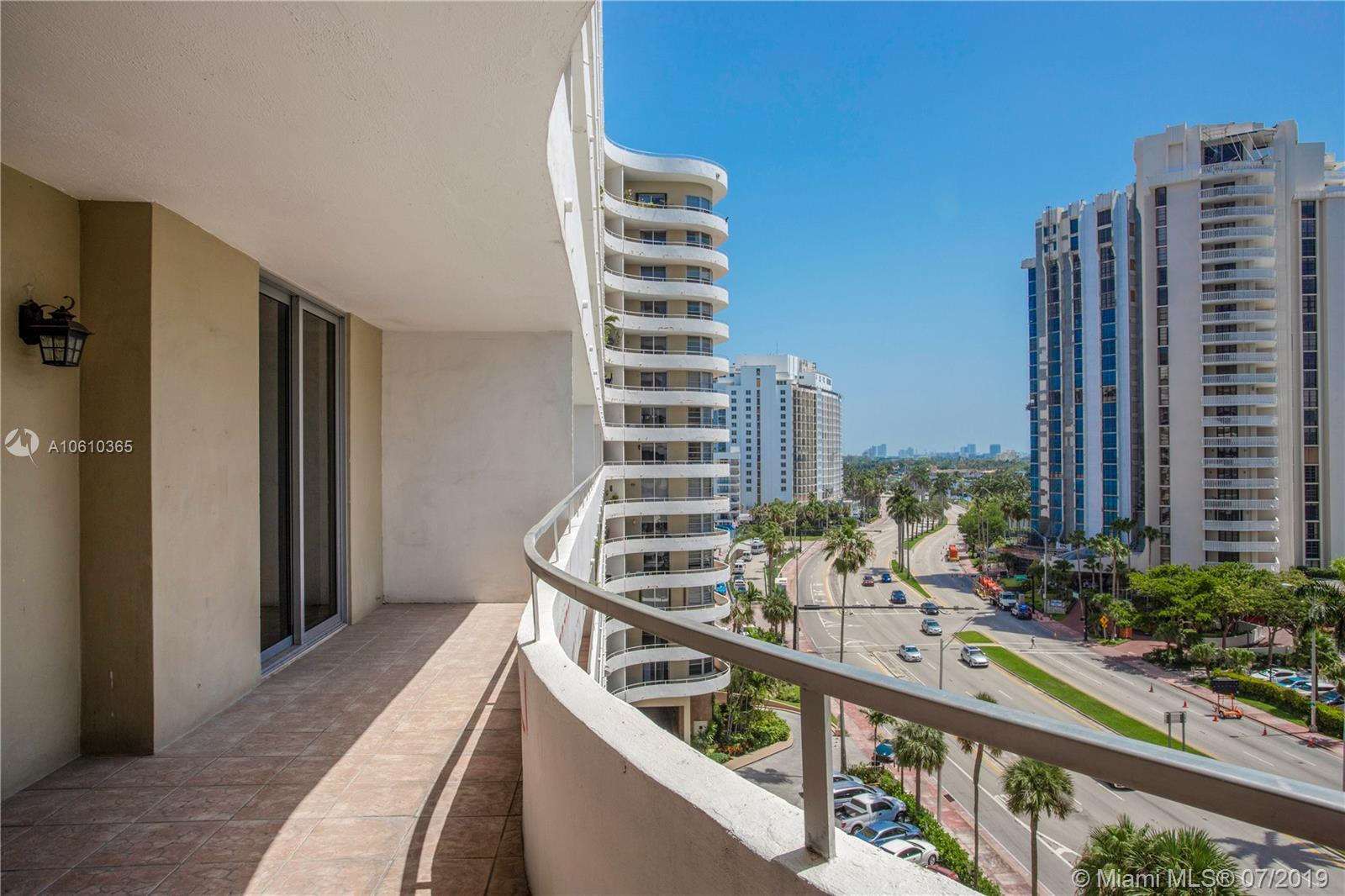 5555 Collins Ave #9Z photo04