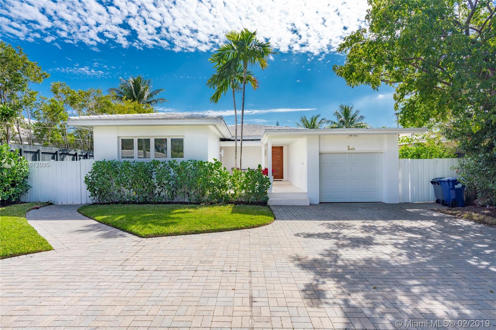 690 S Shore Dr - Miami Beach, Florida