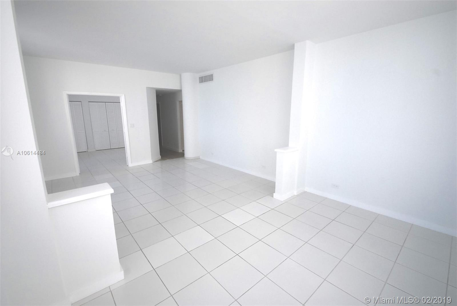 5005 Collins Ave #1525 photo04