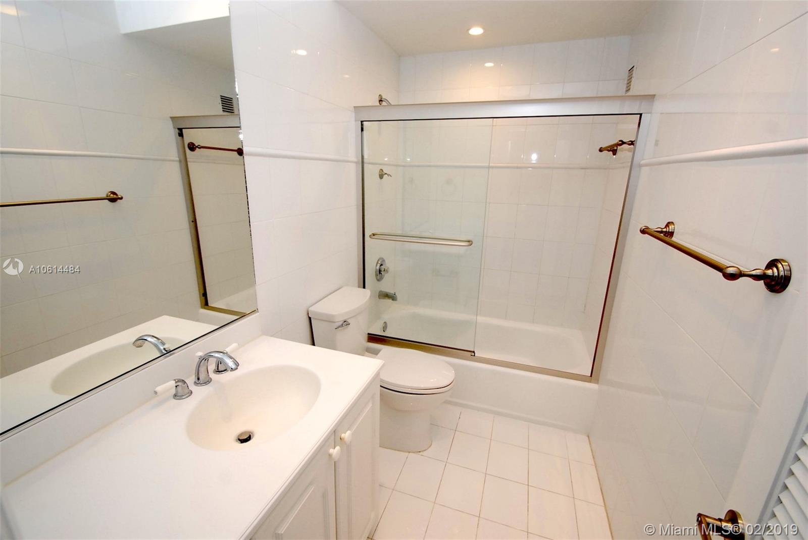 5005 Collins Ave #1525 photo08