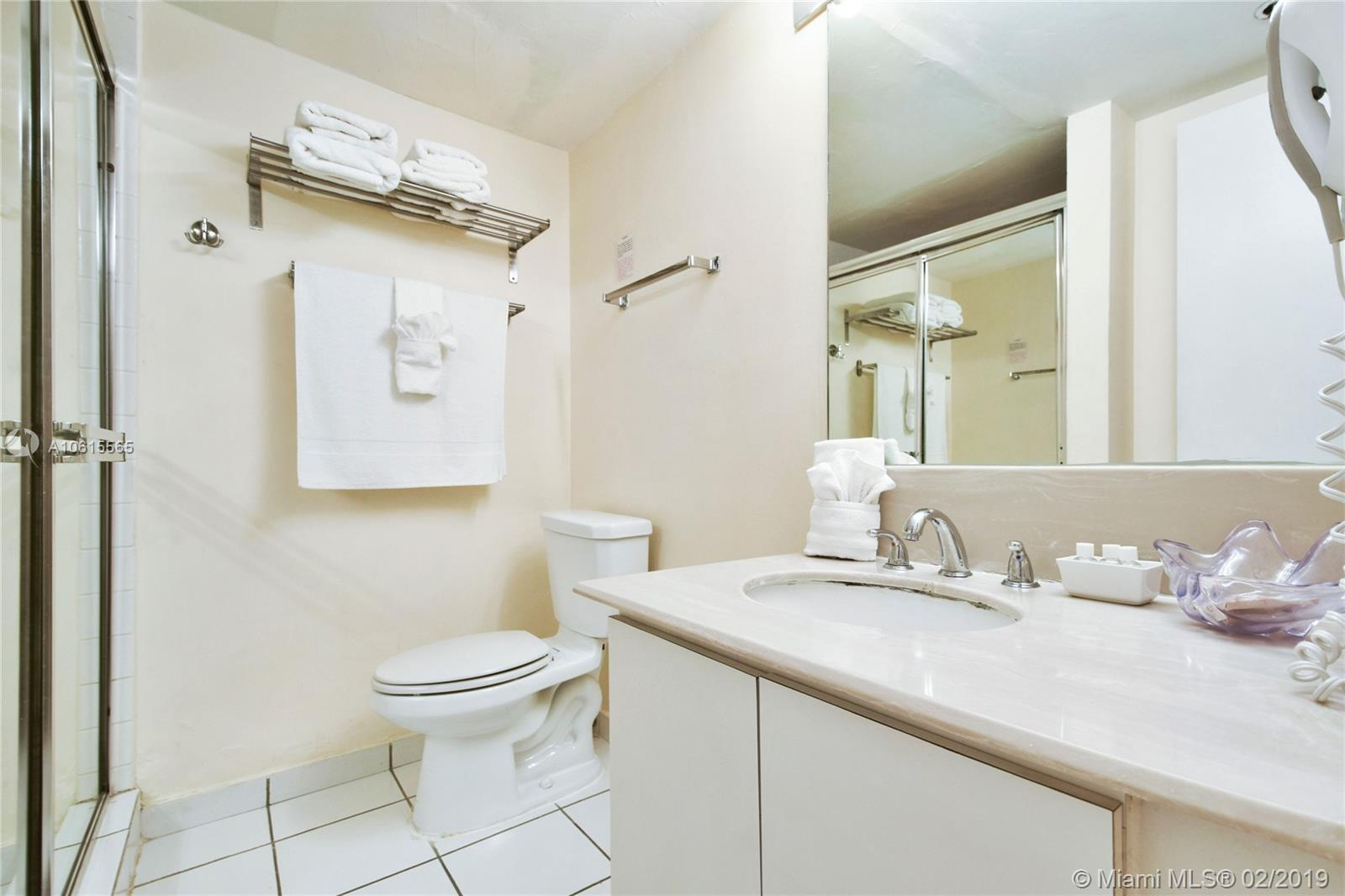 5225 Collins Ave #411 photo015
