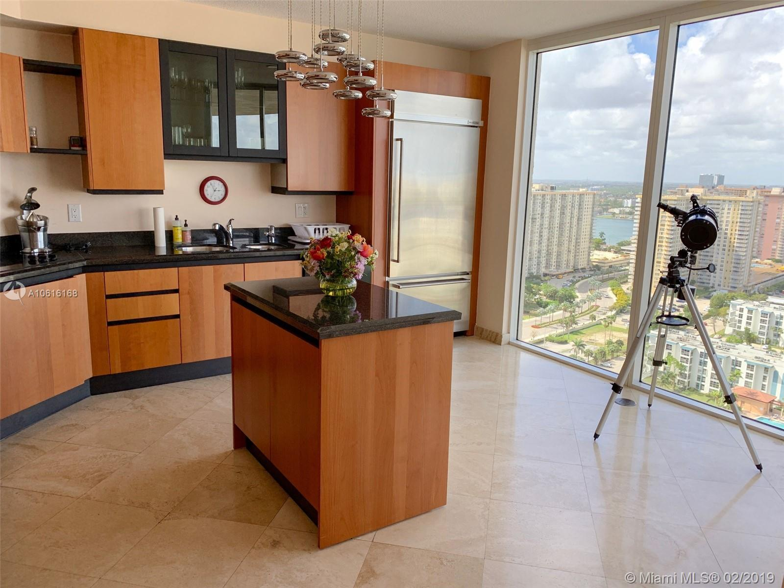17555 Collins Ave #2604 photo02