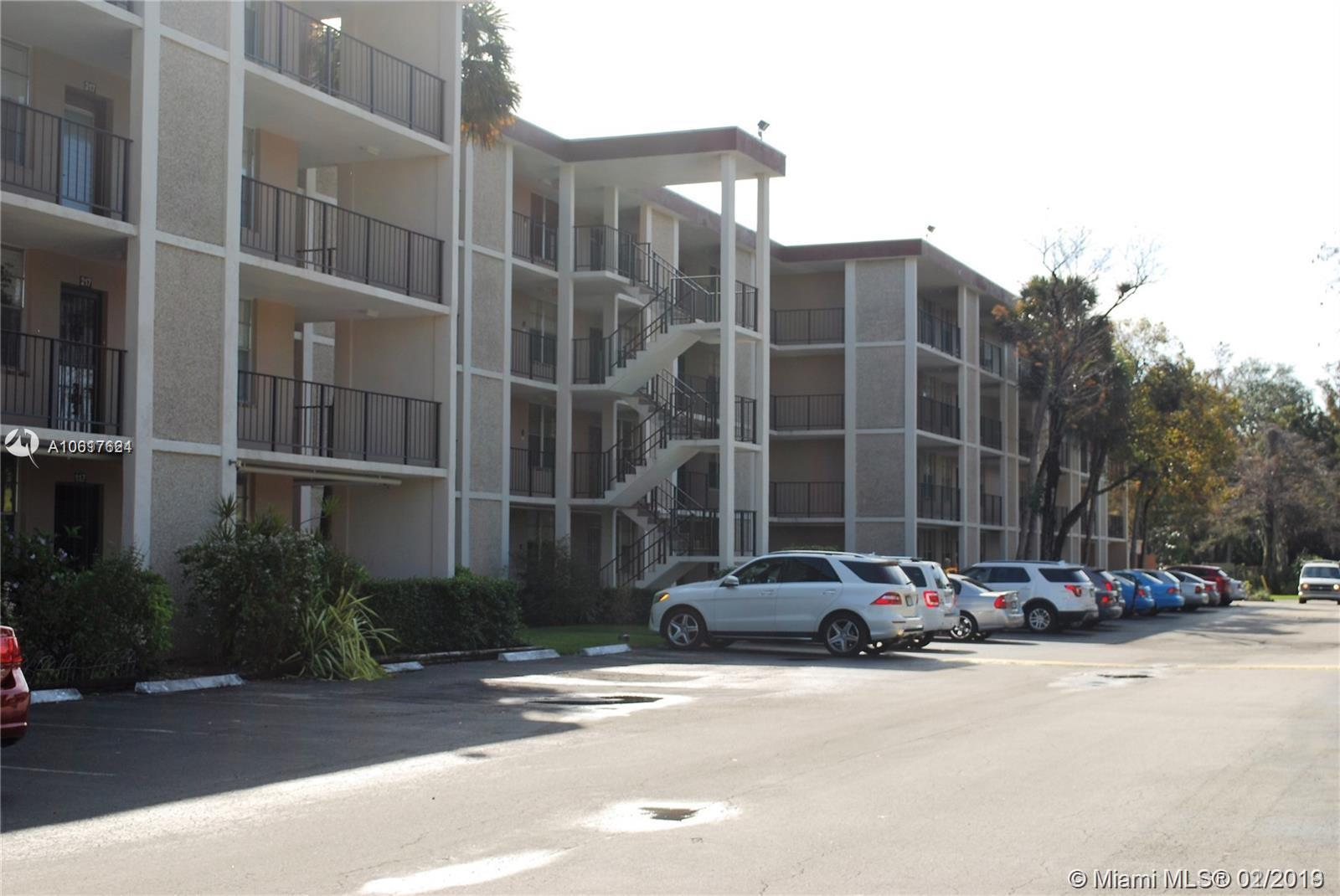 2650 NW 49th Ave # 417, Lauderdale Lakes FL 33313