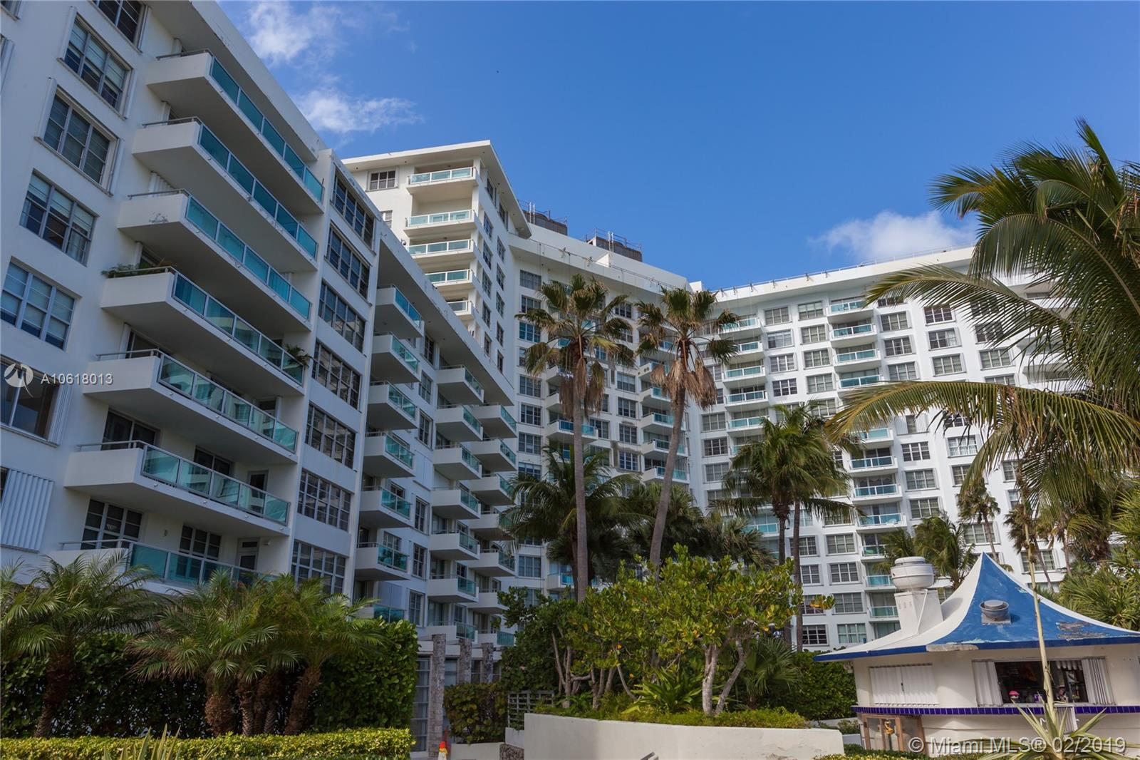 5161 Collins Ave #1718 photo02