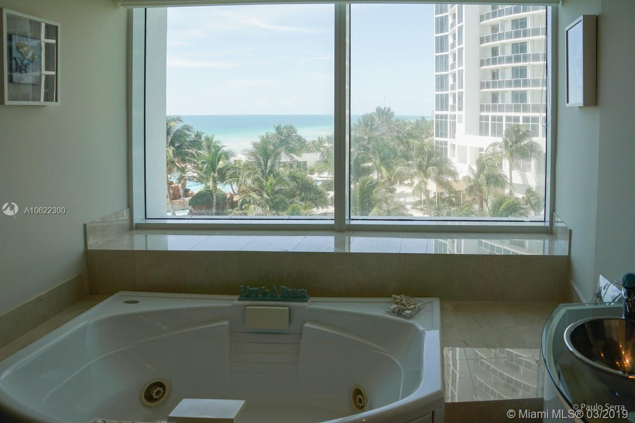 18101 Collins Ave #801 photo014