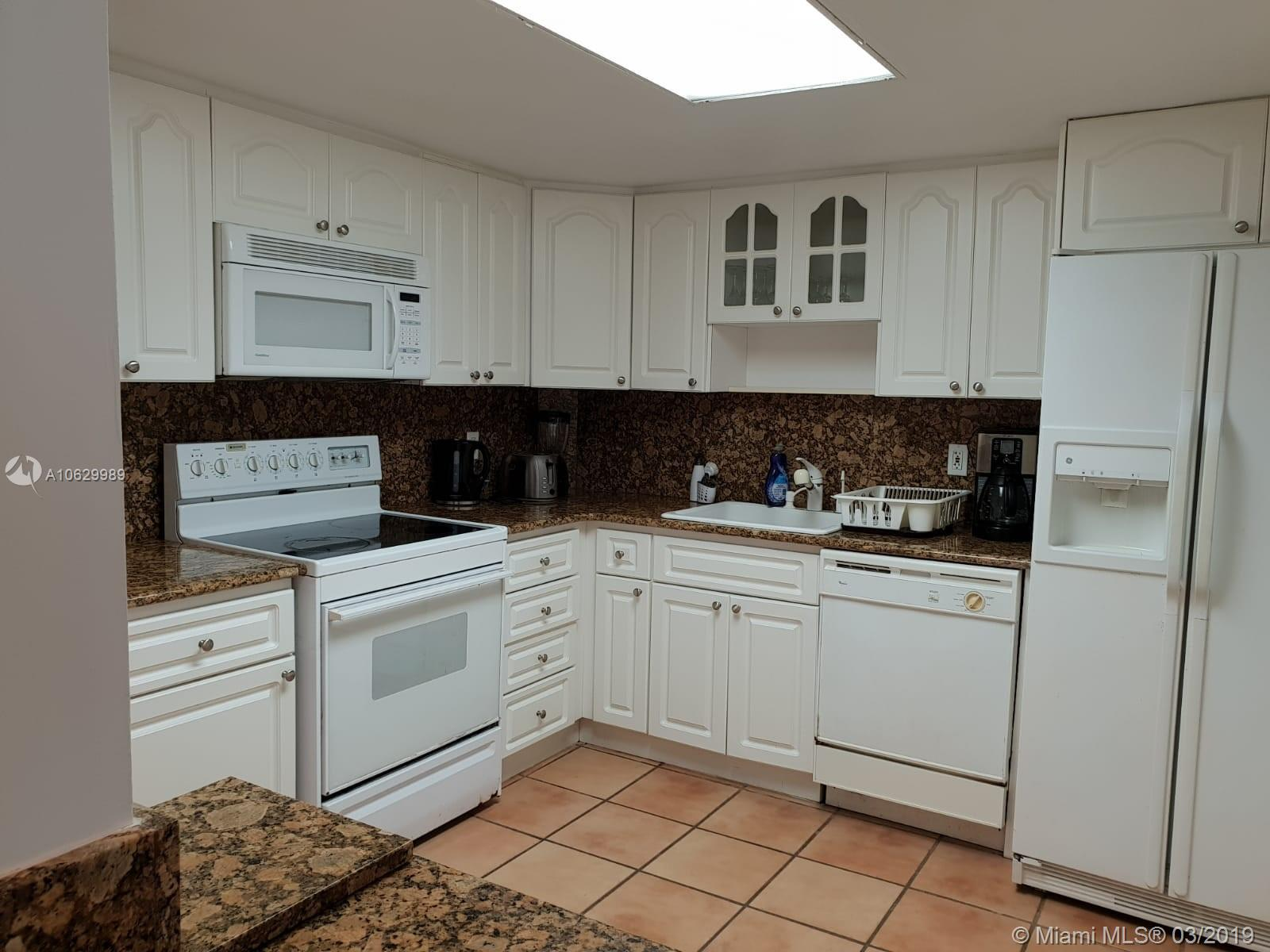 5151 Collins Ave #1027 photo07
