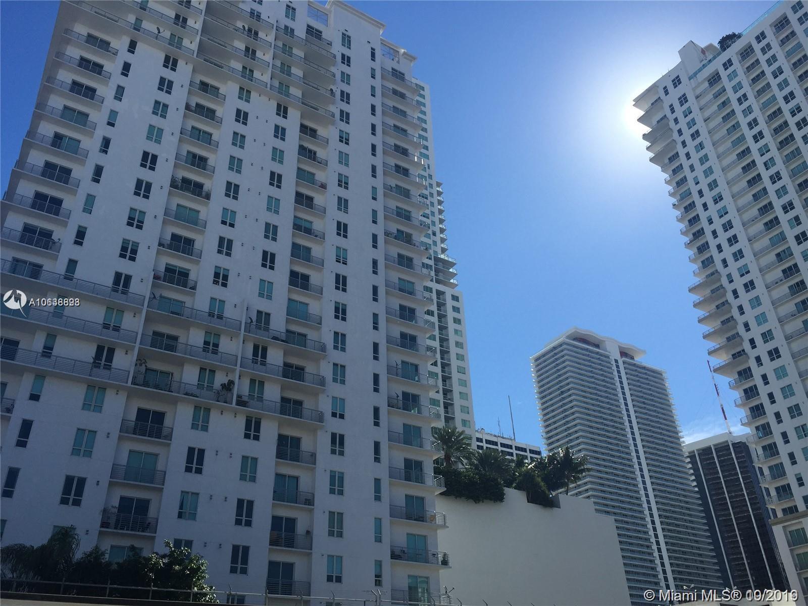 234 NE 3rd St, 407 - Miami, Florida
