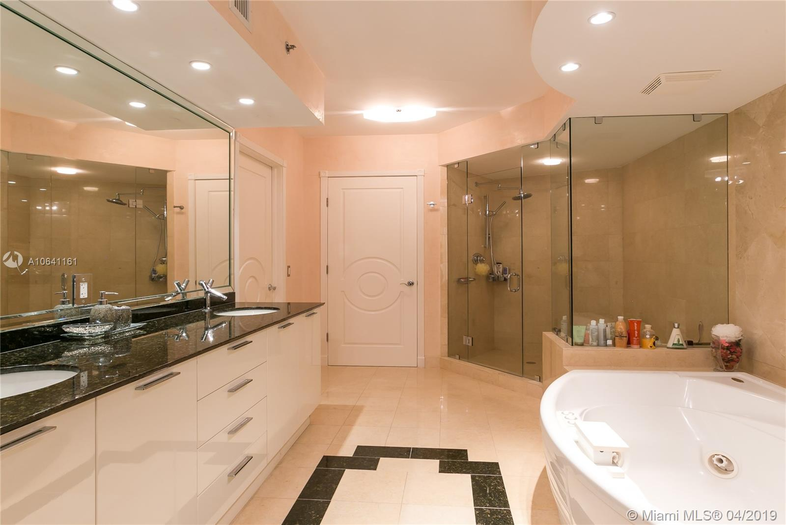 18911 Collins Ave #2204 photo015