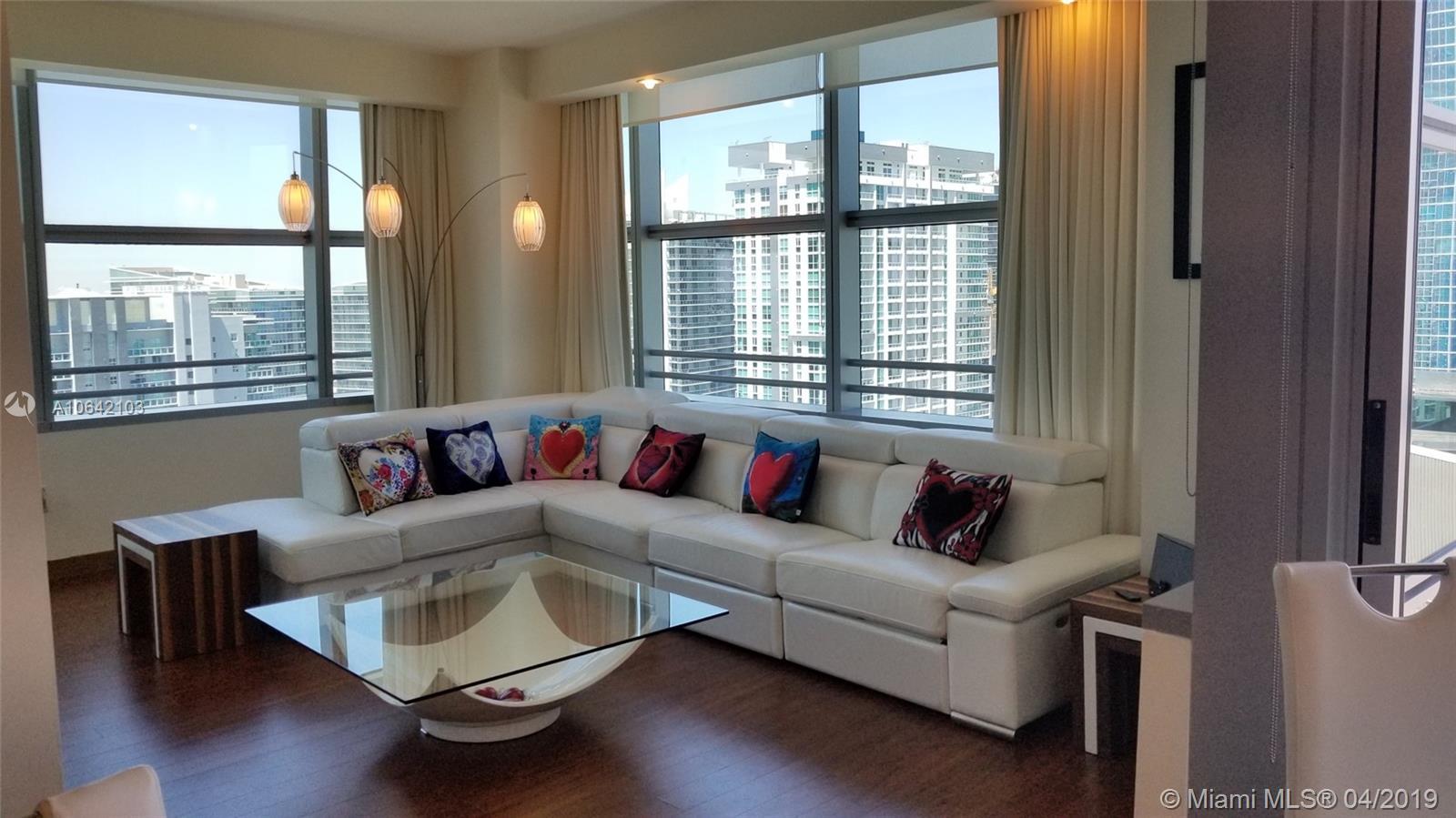 1395 Brickell Ave, 3101 - Miami, Florida