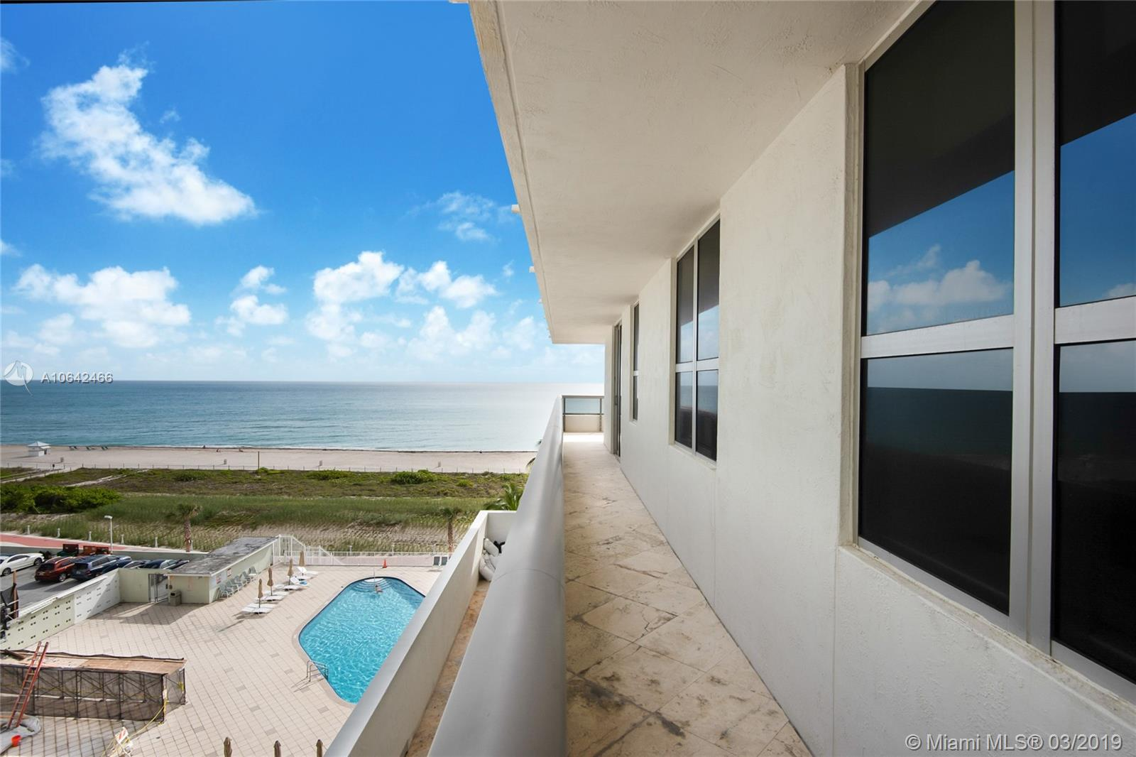5801 Collins Ave #700 photo04