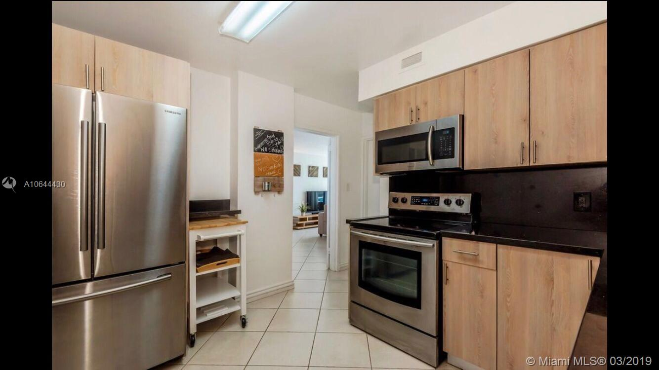 5151 Collins Ave #1426 photo05