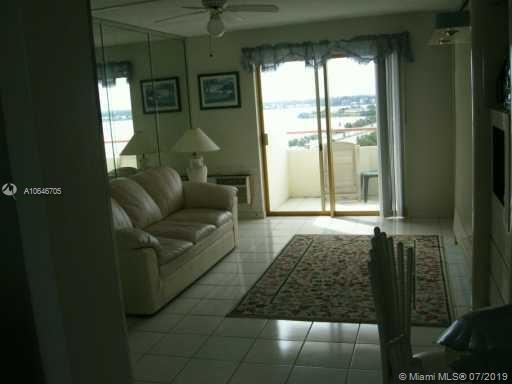Property 7904 West Dr #804 image 2
