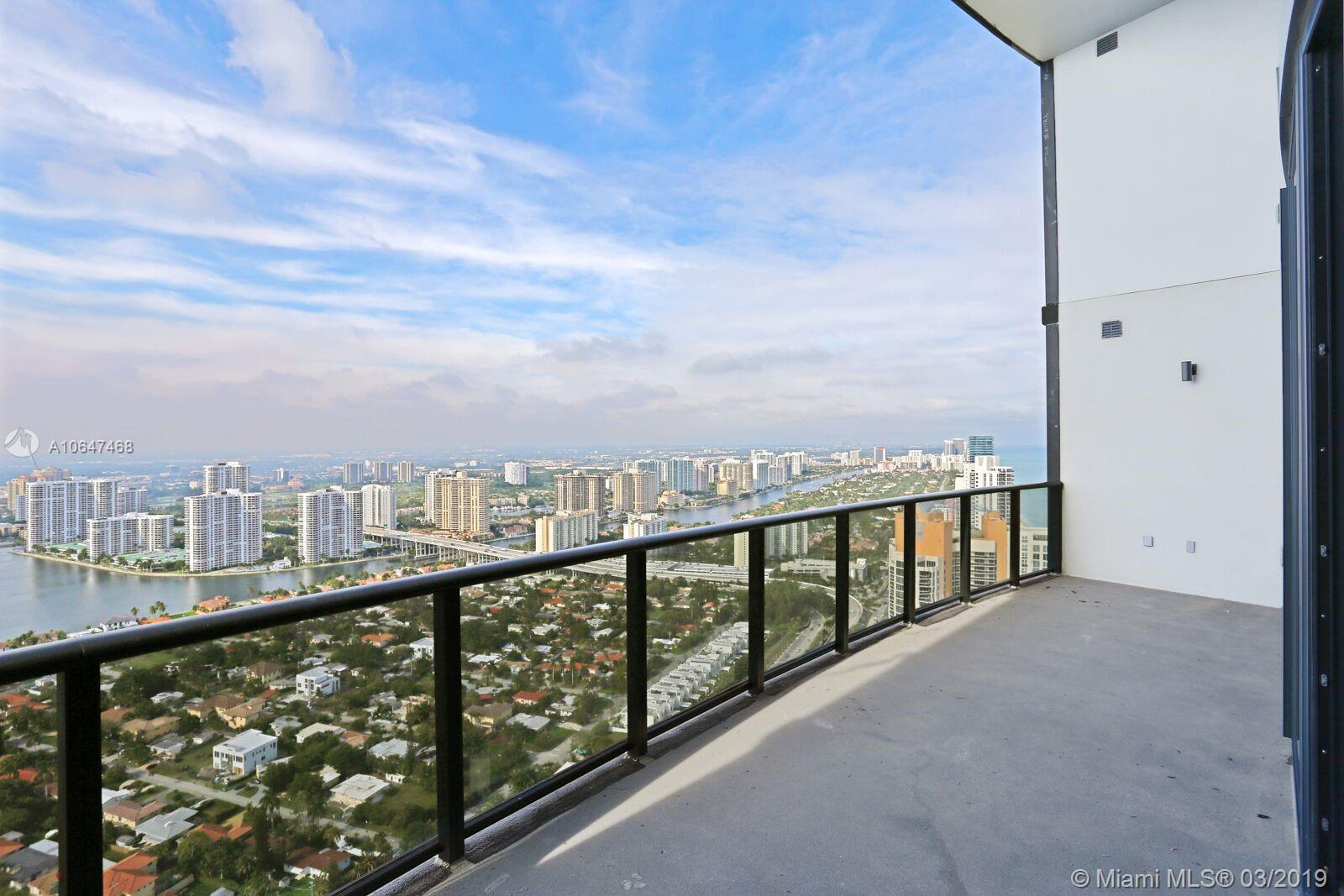 18555 Collins Ave #4404 photo011