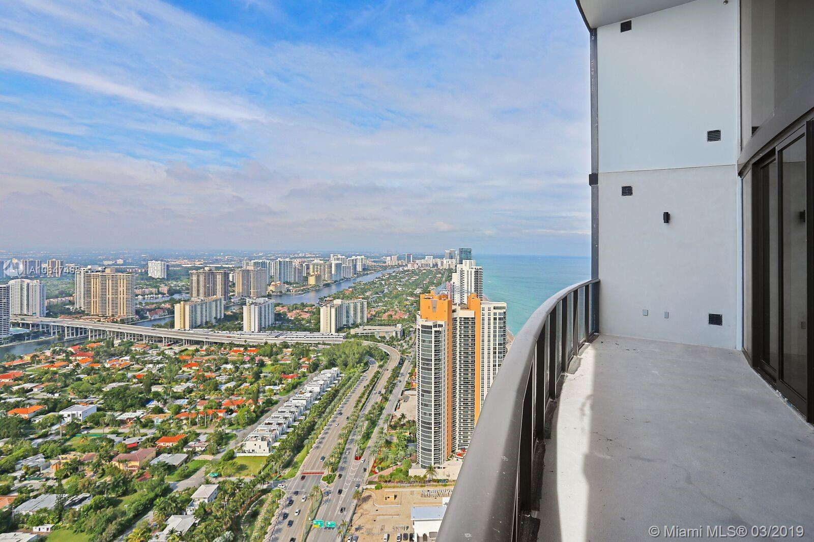 18555 Collins Ave #4404 photo012