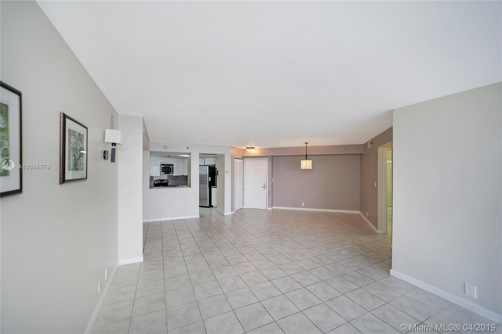 6767 Collins Ave #2108 photo016