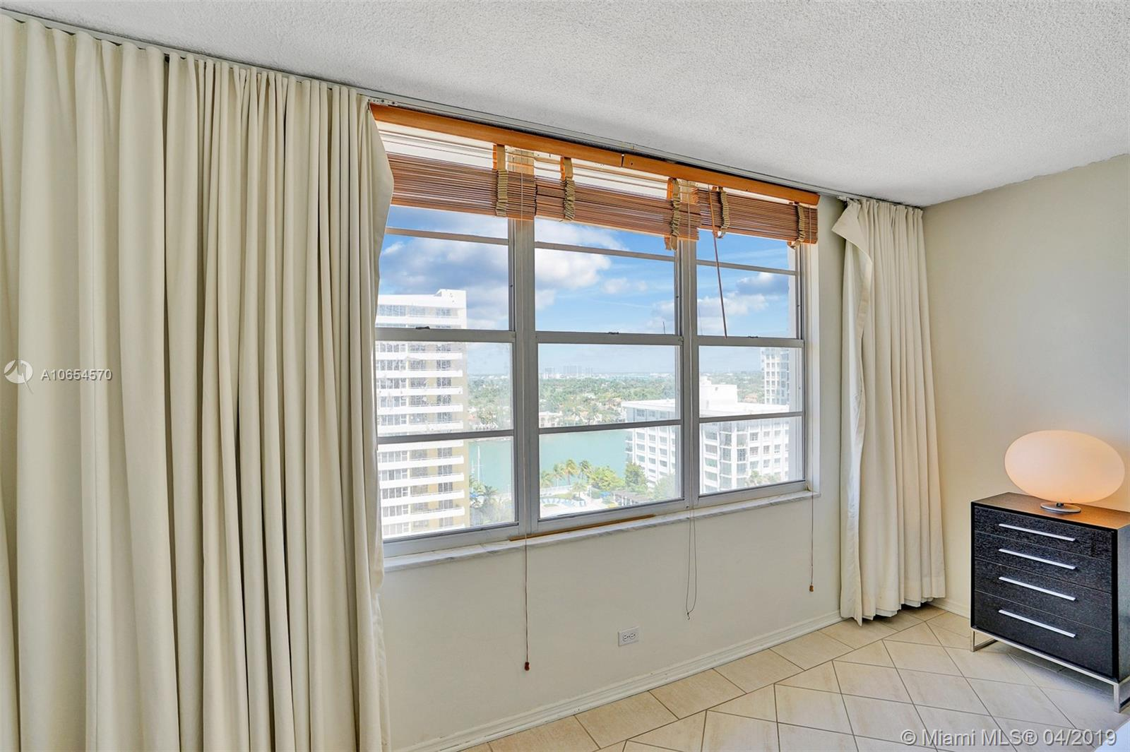 5601 Collins Ave #1215 photo014