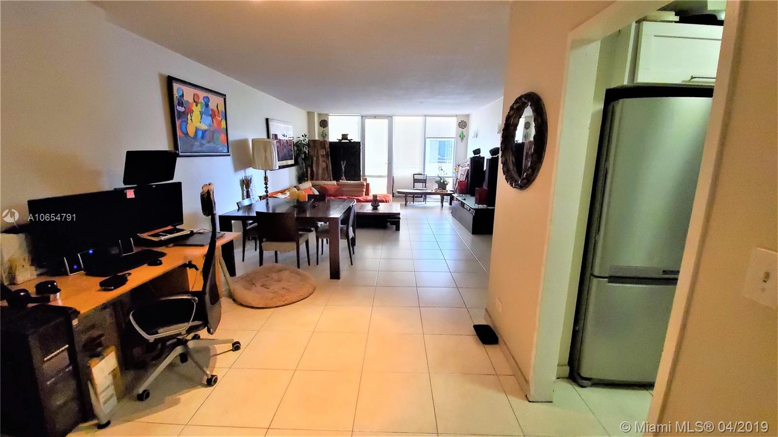 5601 Collins Ave #414 photo03