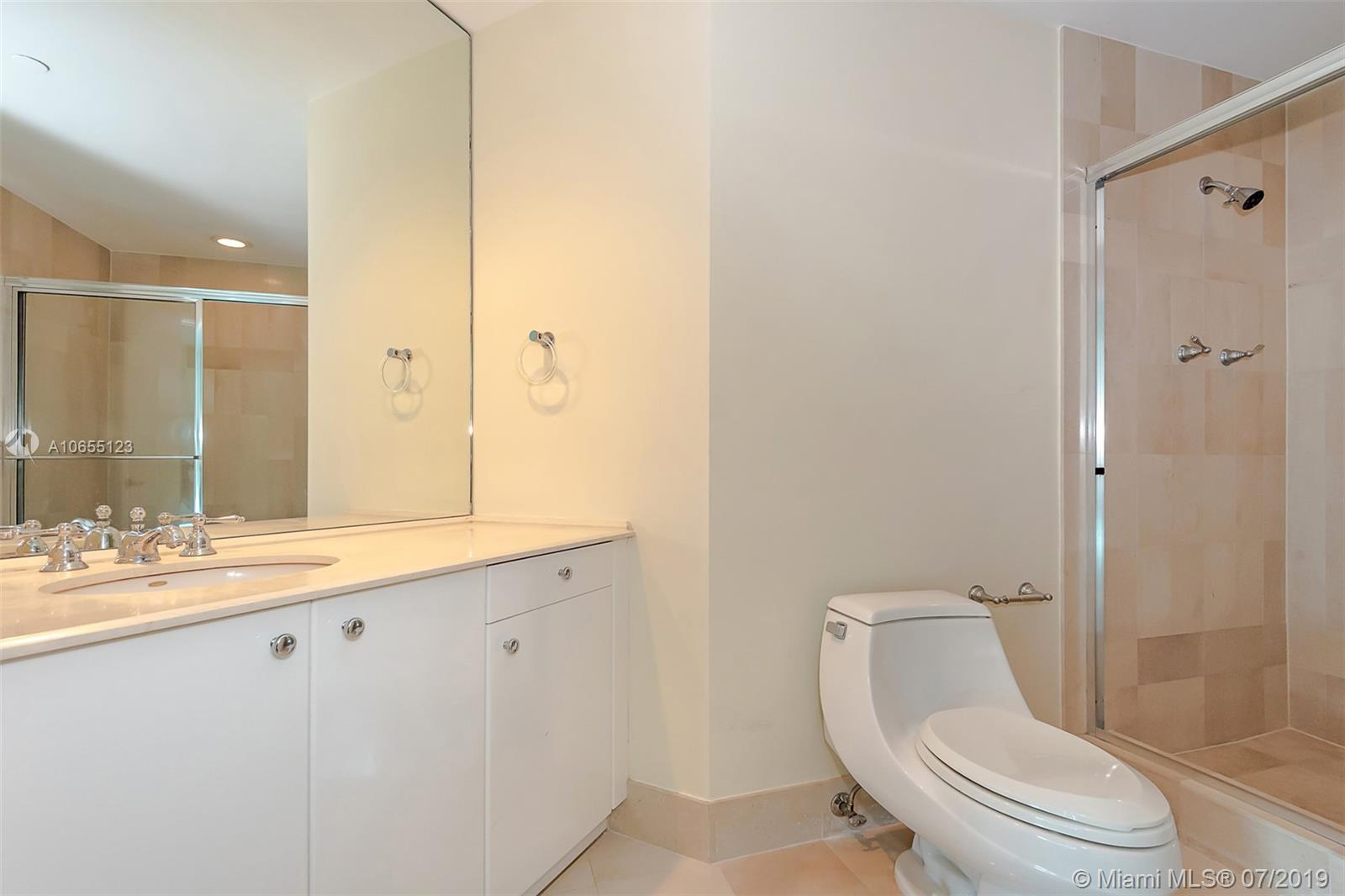 300 S Pointe Dr #1403 photo013
