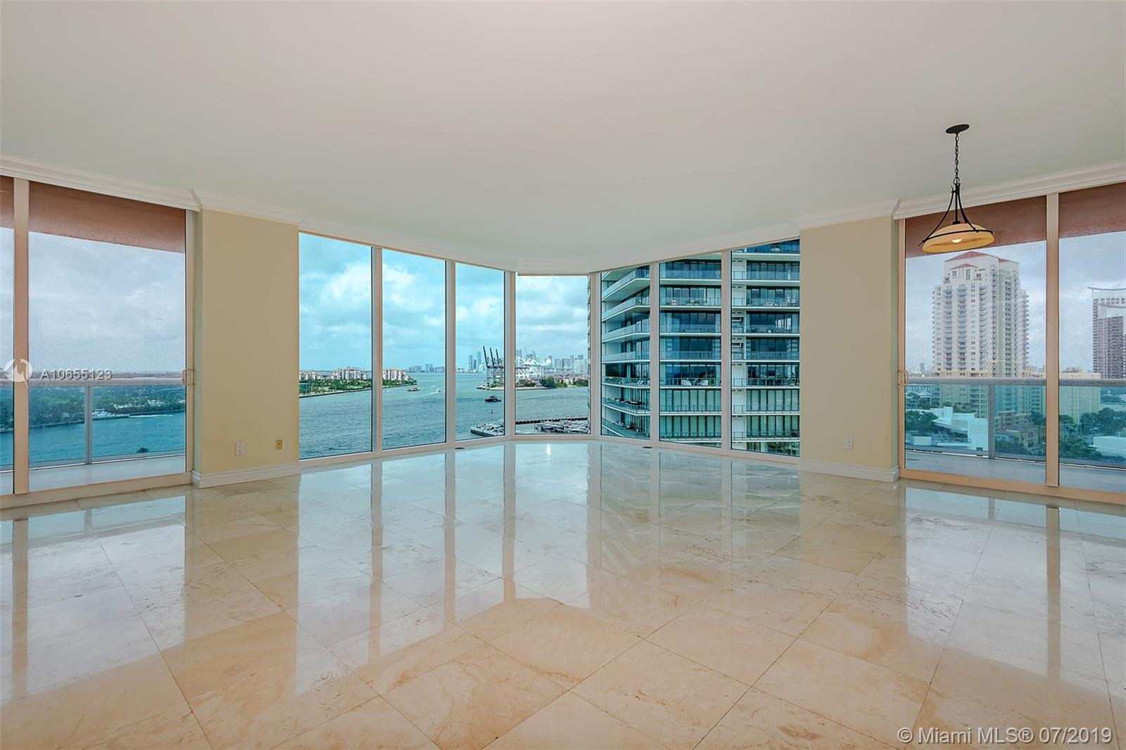 300 S Pointe Dr #1403 photo06