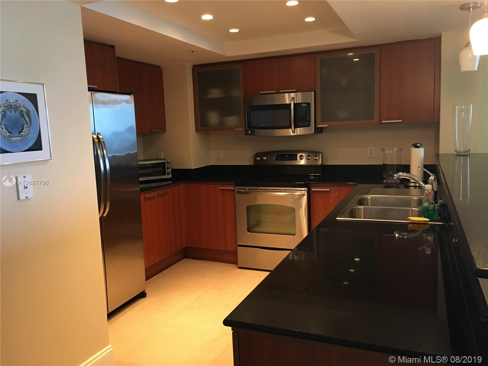 16699 Collins Ave #2310 photo01