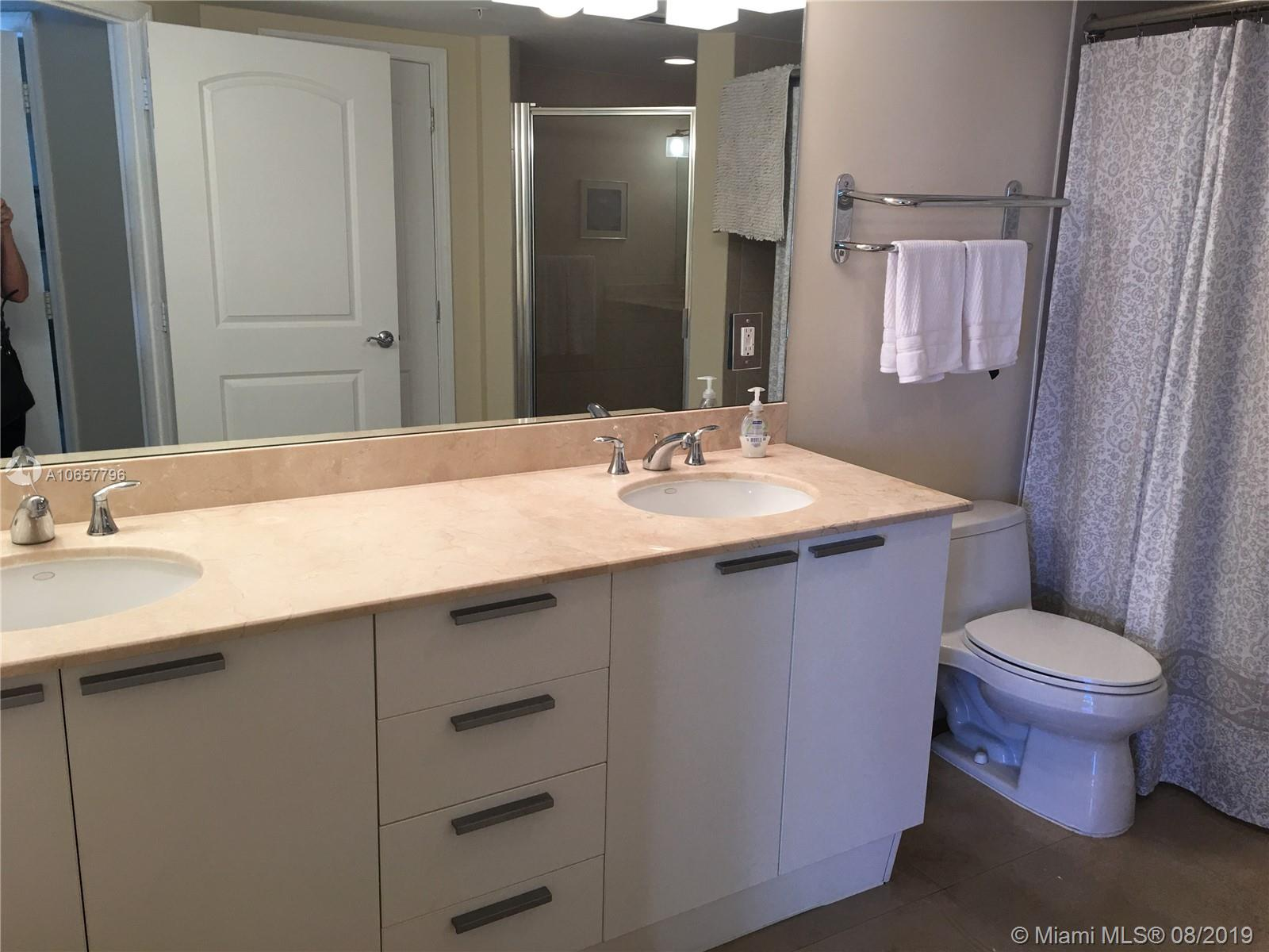 16699 Collins Ave #2310 photo07