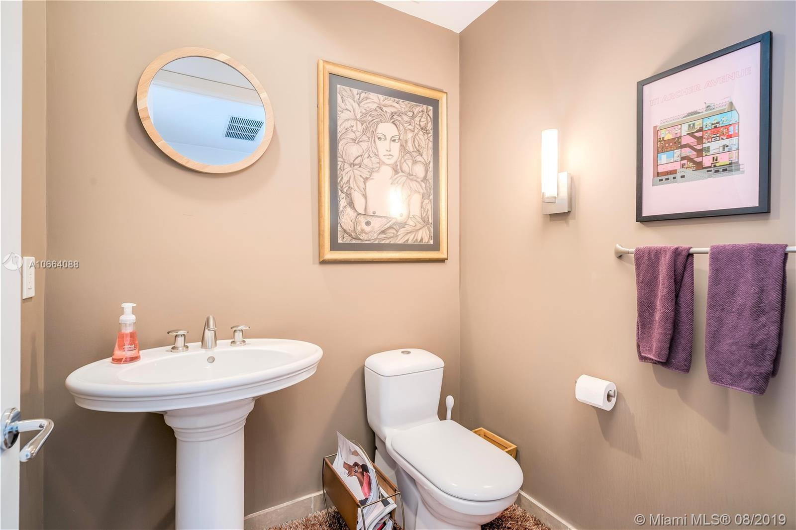 5959 Collins Ave #1208 photo08