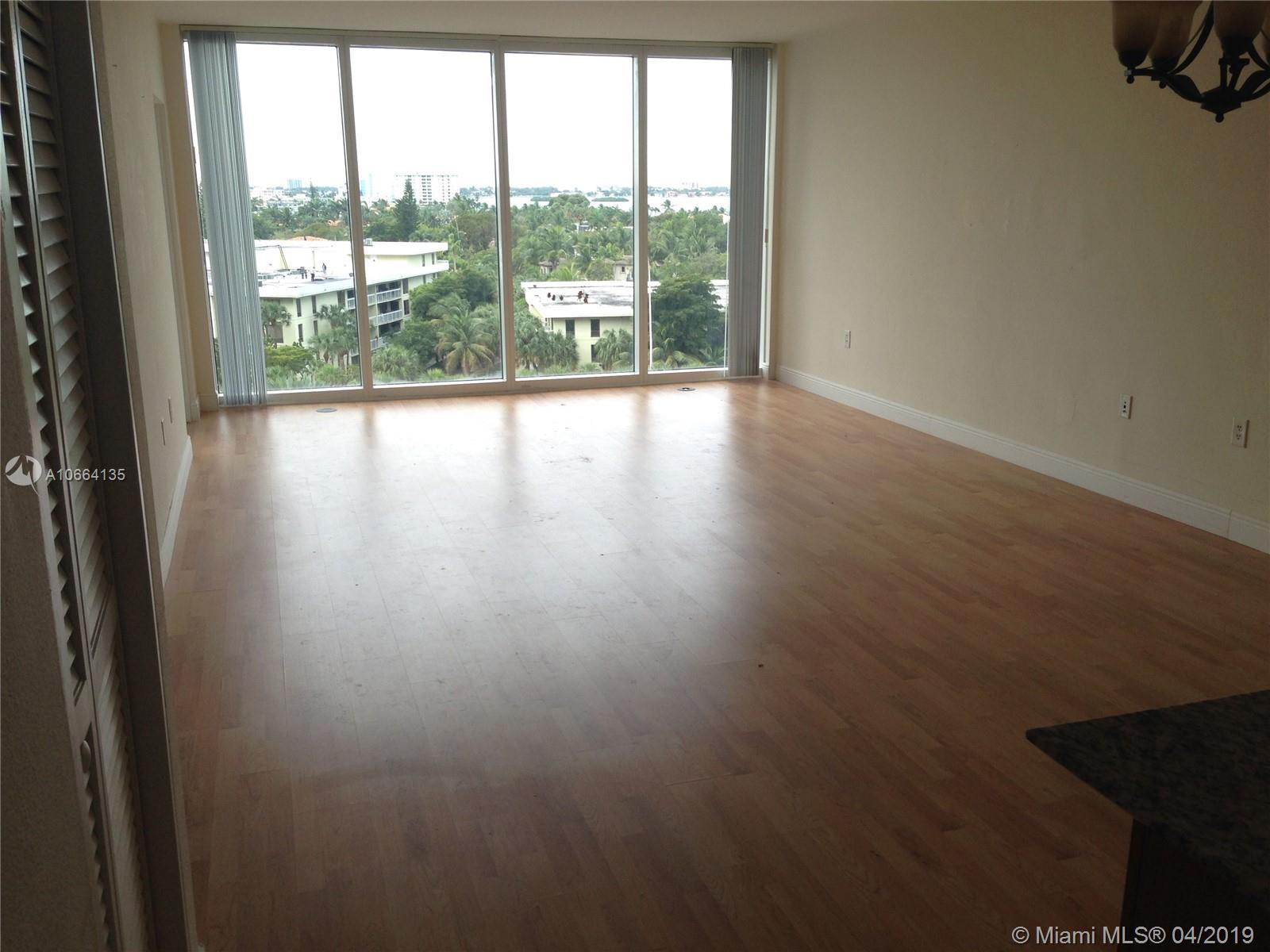 10275 Collins Ave #629 photo01