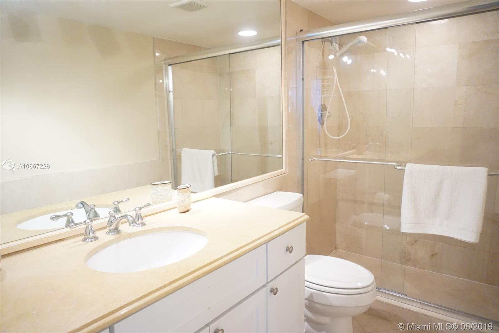 5161 Collins Ave #404 photo010
