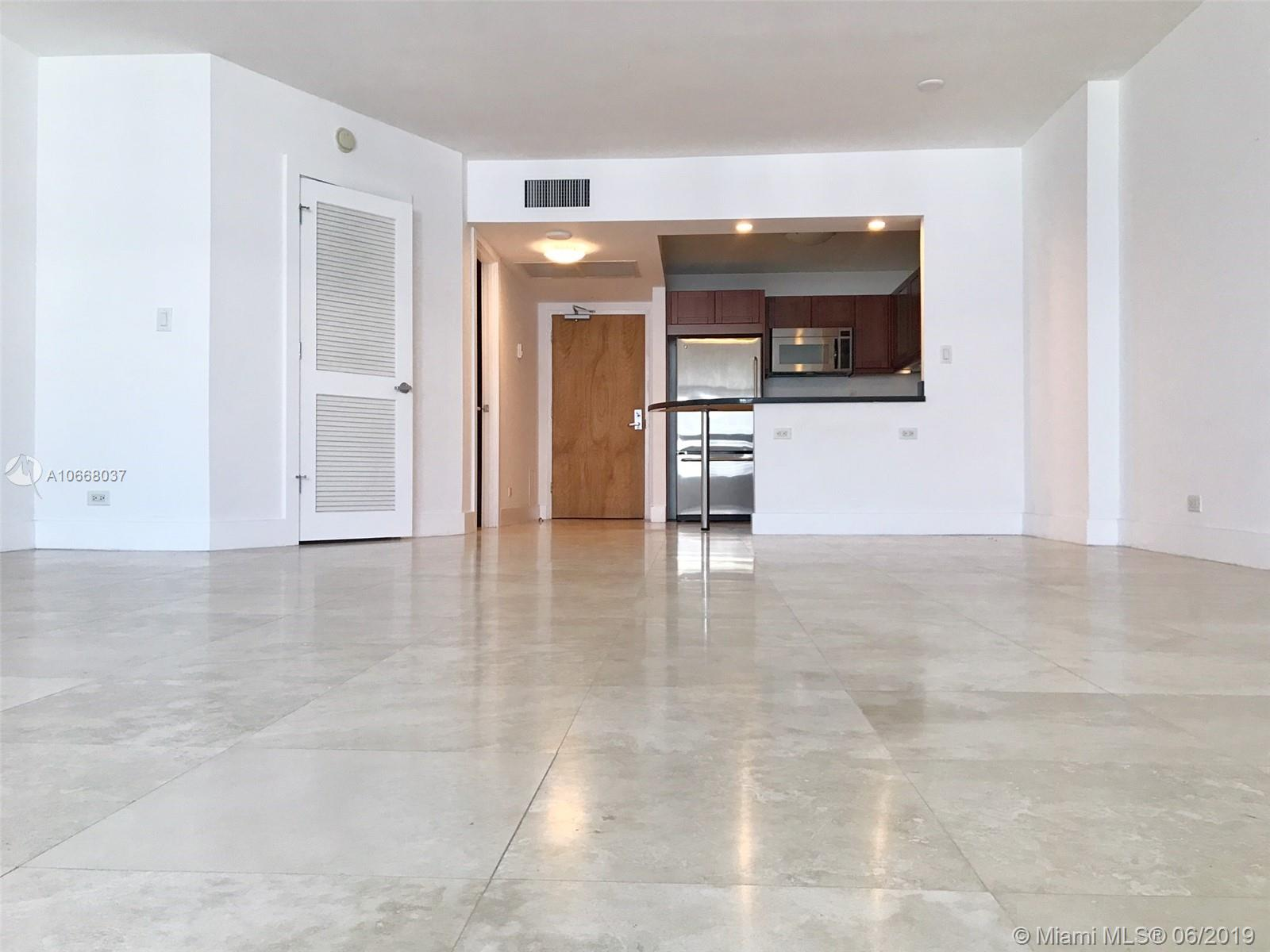 2301 Collins Ave #1514 photo014