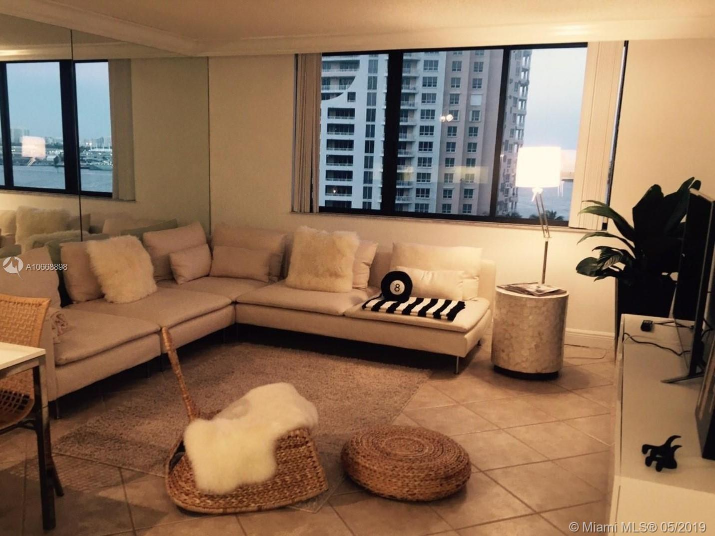 540 Brickell Key Dr #1222 photo01