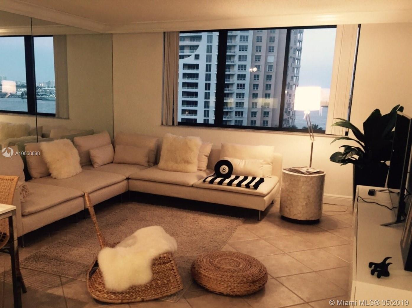 540 Brickell Key Dr #1222 photo04