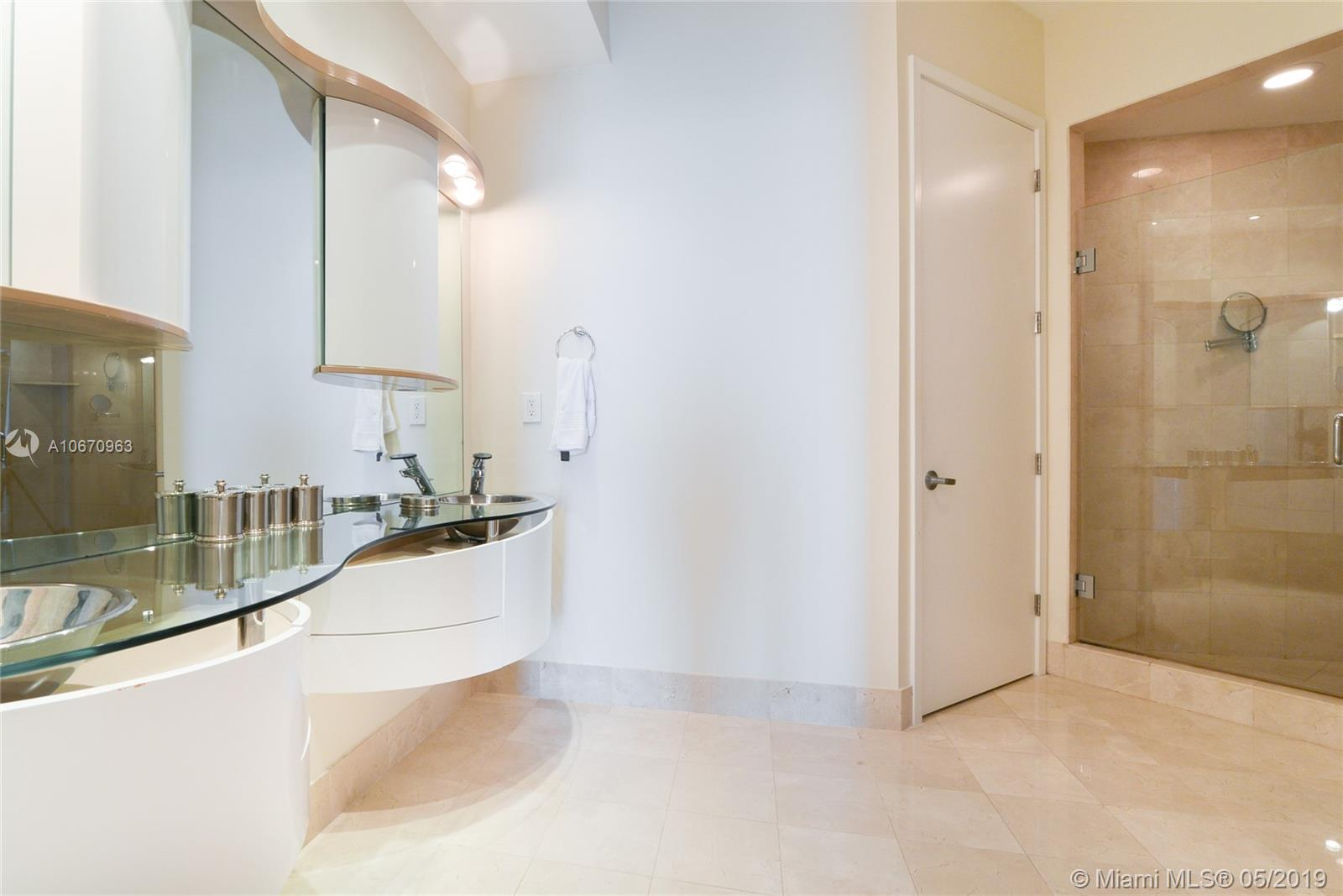 18101 Collins Ave #3702 photo023
