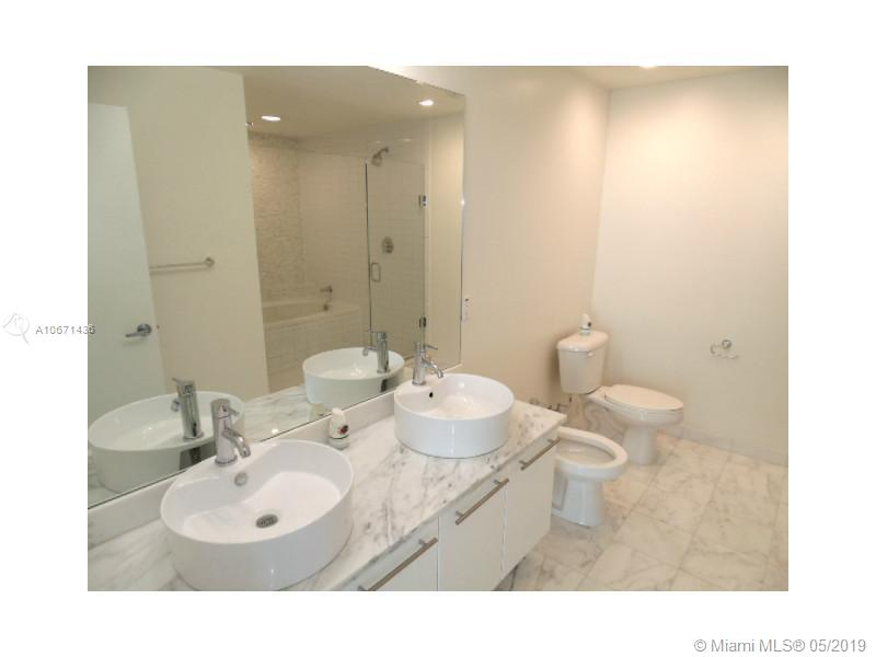 888 Biscayne Blvd #3205 photo08