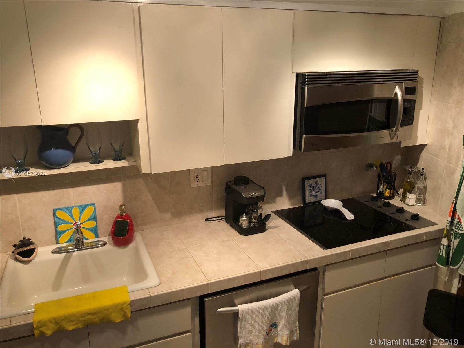 2899 Collins Ave #1523 photo015