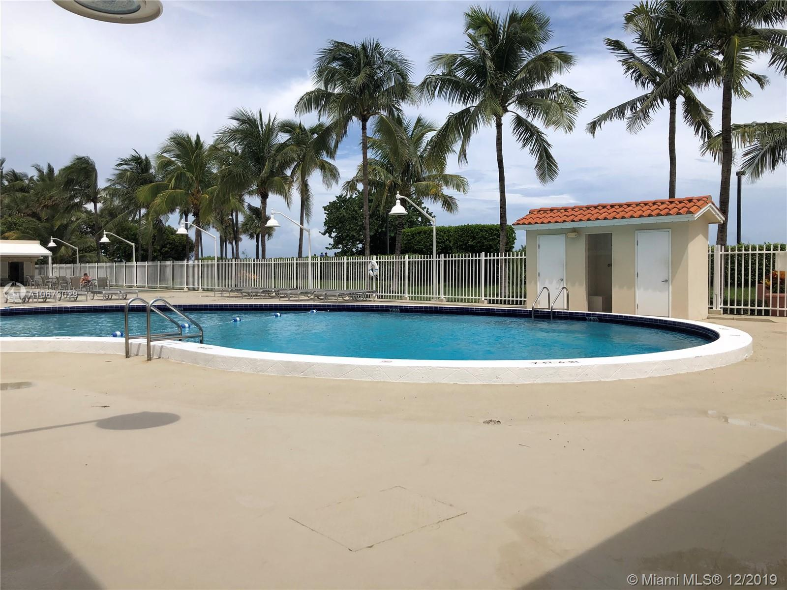 2899 Collins Ave #1523 photo016