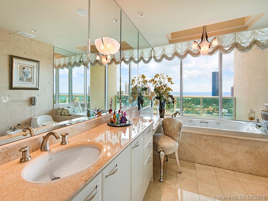Аренда квартиры по адресу 20155 38th Ct, Aventura, FL 33180 в США