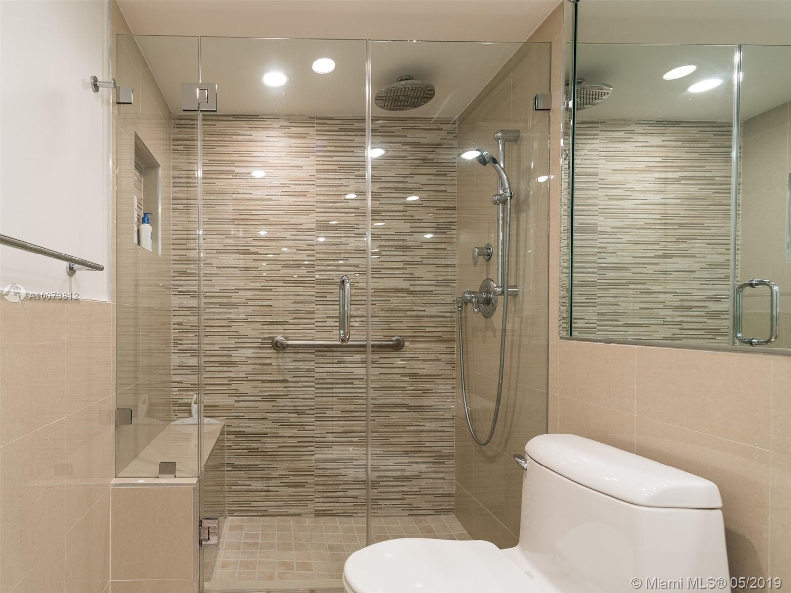 5555 Collins Ave #4Z photo010