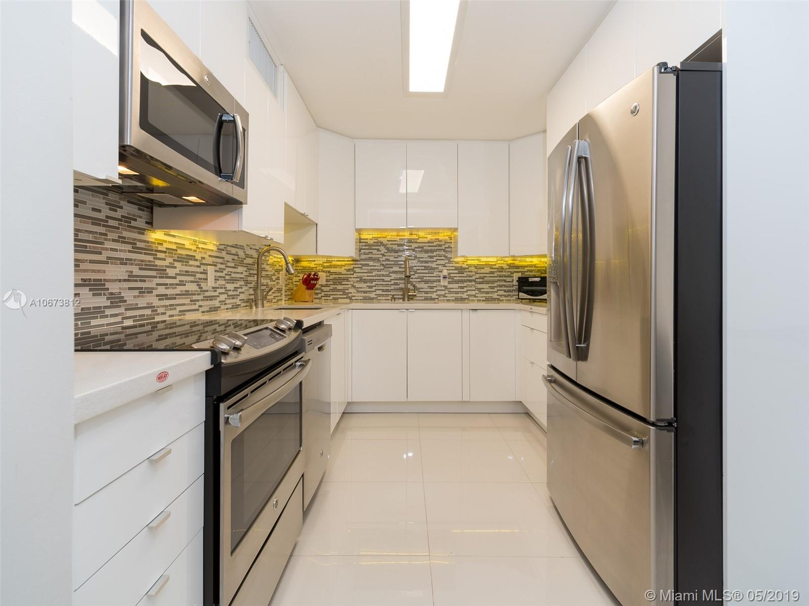 5555 Collins Ave #4Z photo02