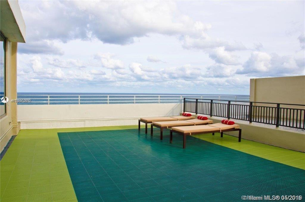 5555 Collins Ave #4Z photo021
