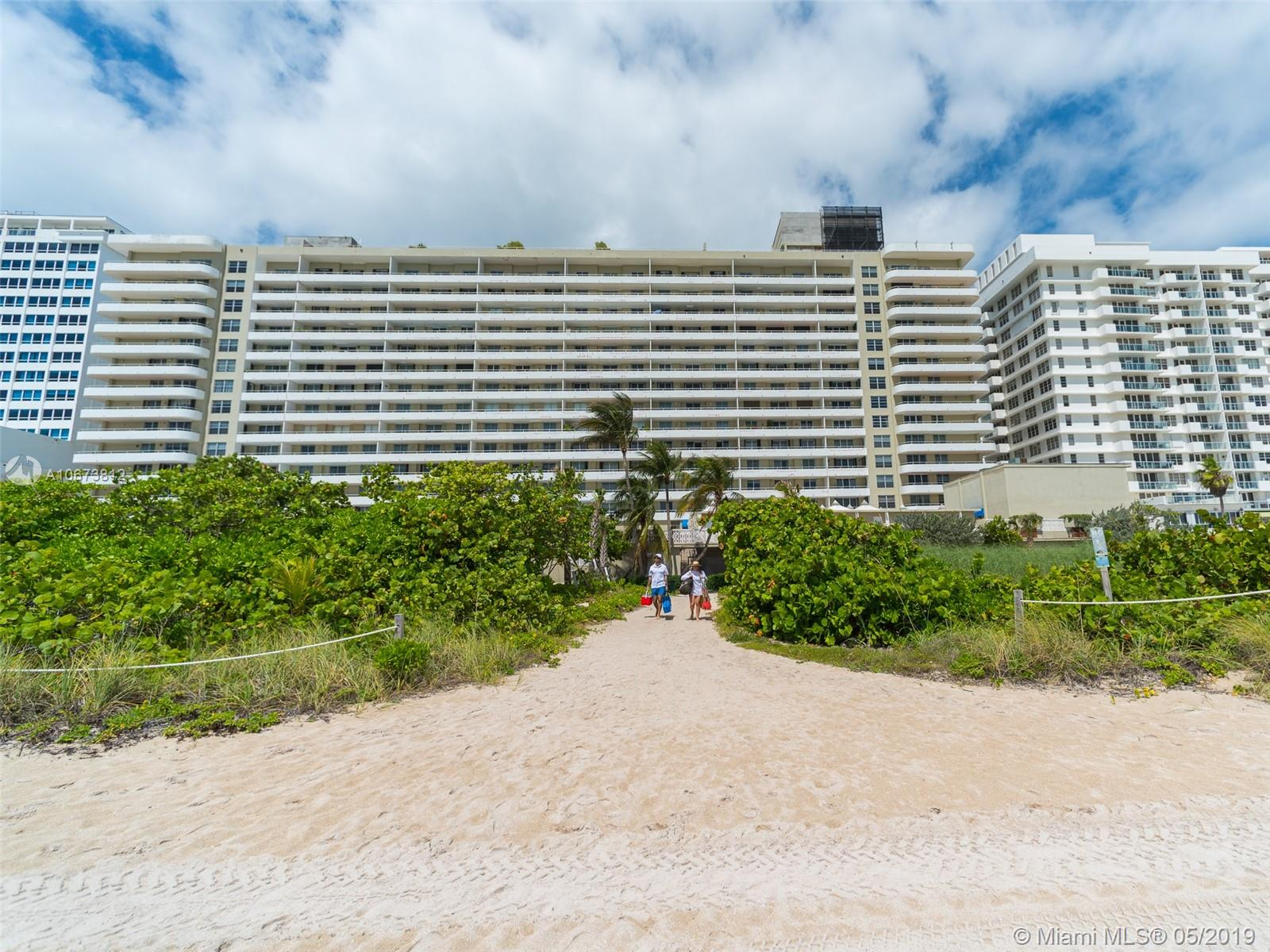 5555 Collins Ave #4Z photo029