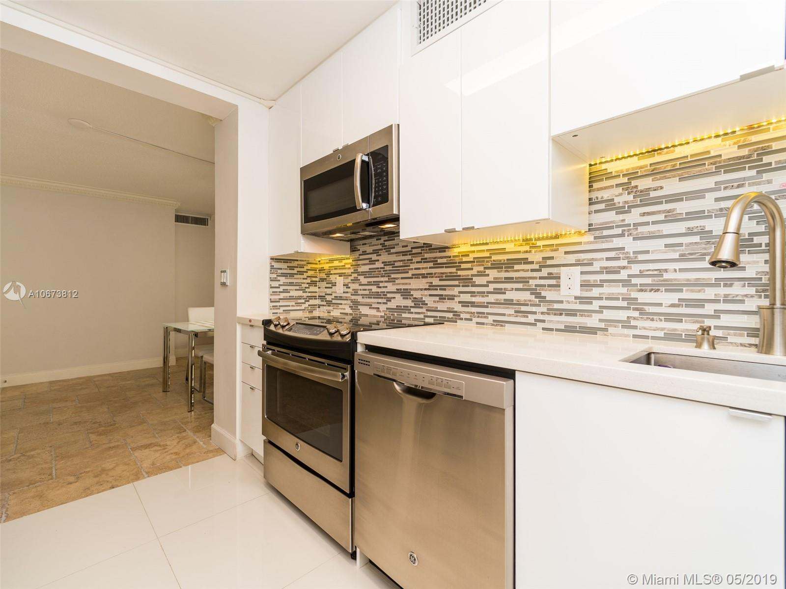 5555 Collins Ave #4Z photo03