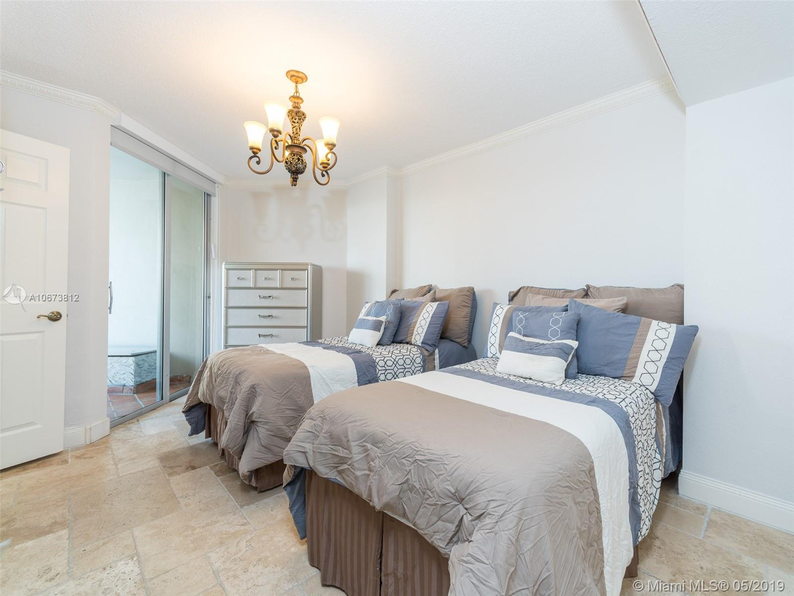 5555 Collins Ave #4Z photo05