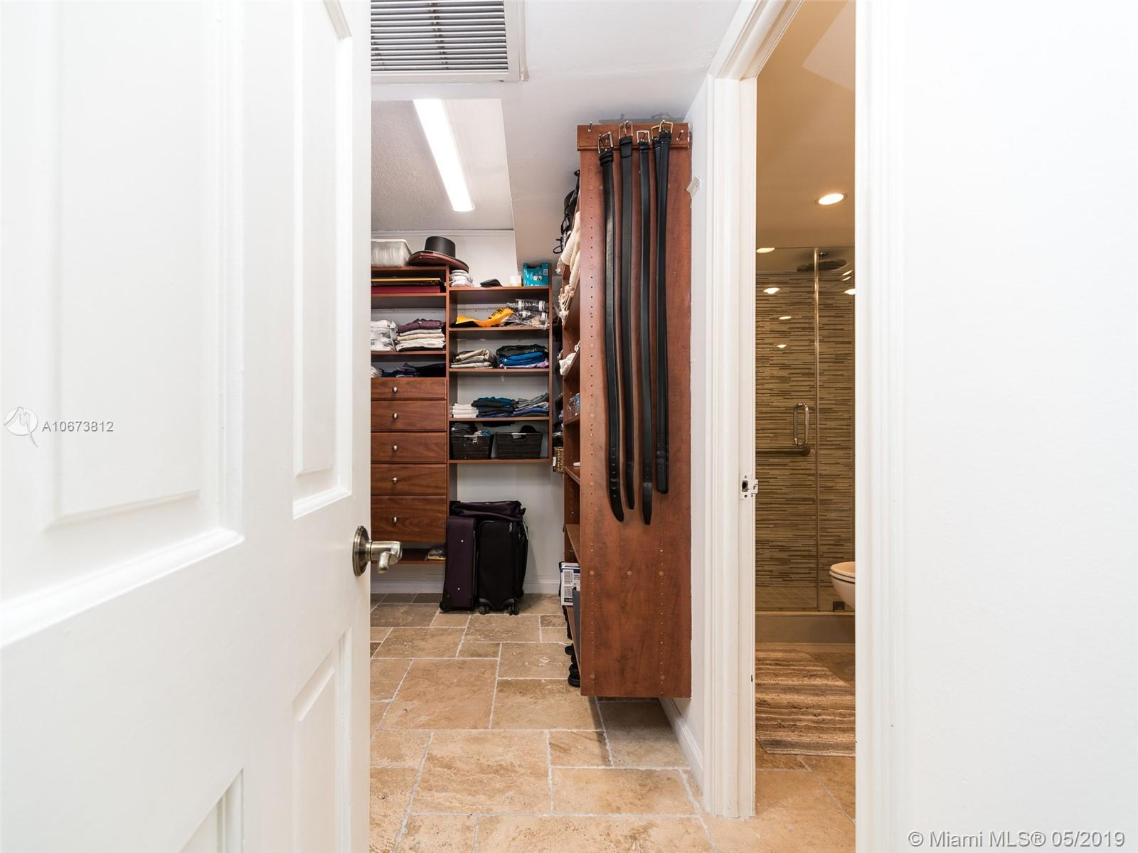 5555 Collins Ave #4Z photo09