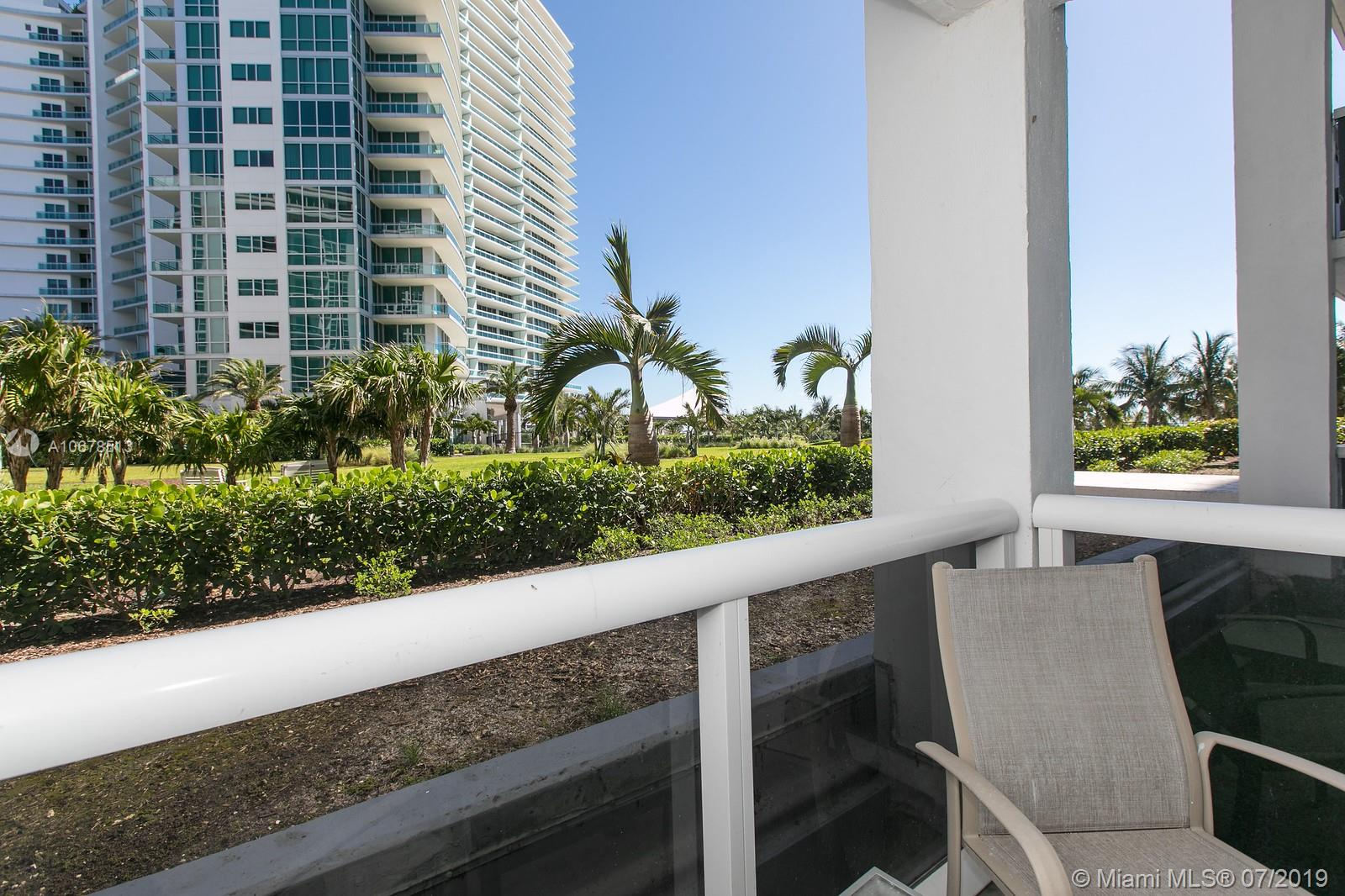 10275 Collins Ave #204 photo02