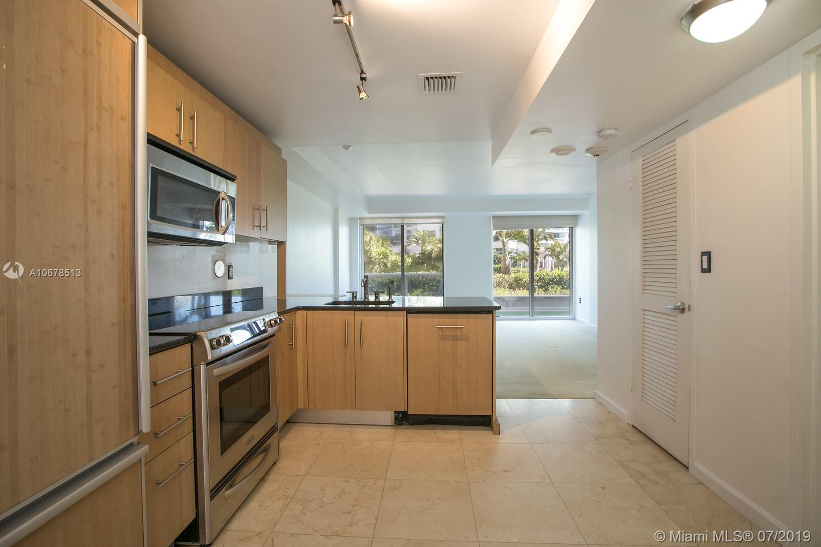 10275 Collins Ave #204 photo05