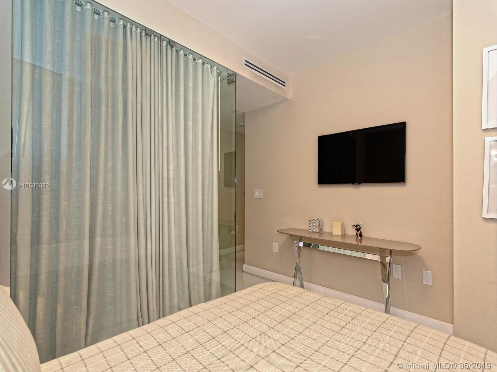 17121 Collins Ave #3201 photo043