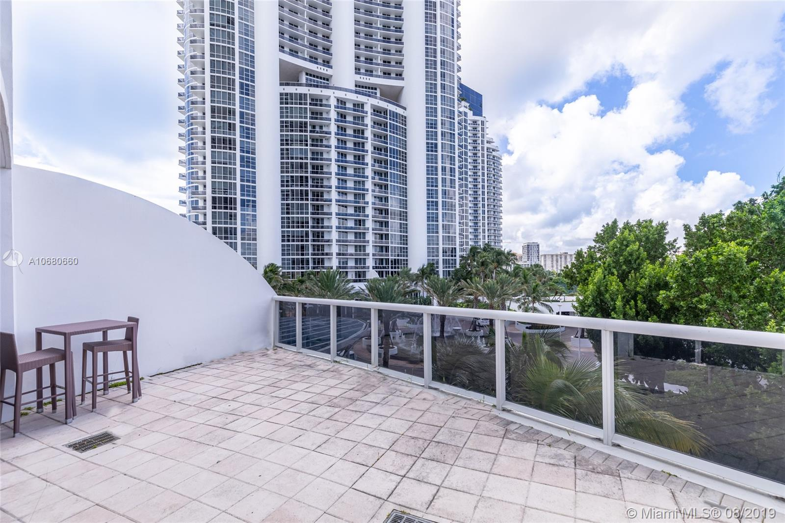 18201 Collins Ave #503 photo025