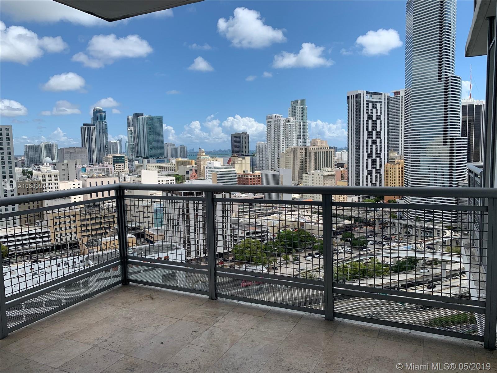 350 S Miami Ave #2411 photo03