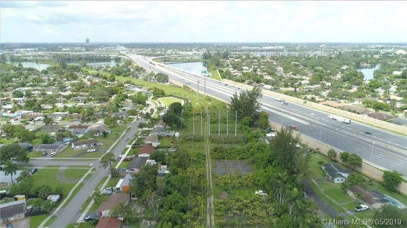Property for sale at 5050 Peters Rd, Plantation,  Florida 33317